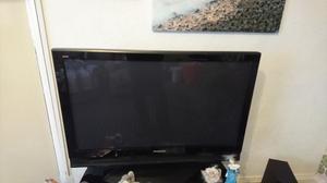 Panasonic Viera TH-42PX70B p HD Plasma Television