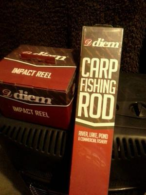 11ft 3 piece Carp fishing rod brand new & New Matching Baitrunner Reel