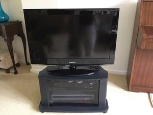 "32""TV and Stand"