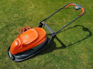 Flymo Easi Glide 330 lawn mower lawnmower