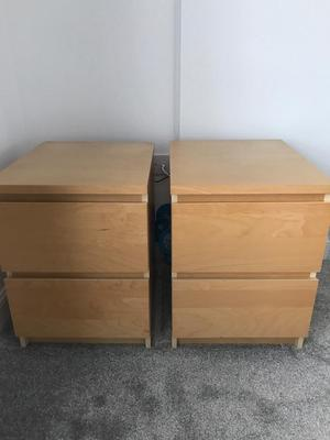2 matching bedside cabinets.