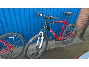 Apollo Phaze 22 inch frame mountain bike in Chepstow