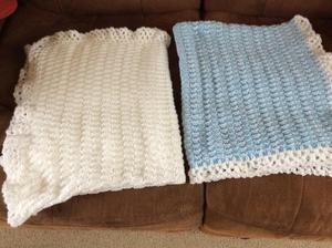 Baby blankets hand knitted
