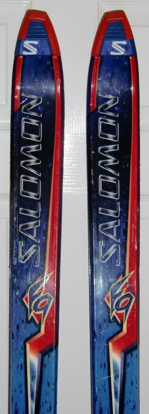 Quality Solomon Skis with Bindings, Poles and Carry Bag - Reduced!