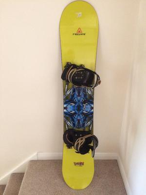 Snowboard, Bindings & Bag