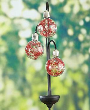 Triple Globe Orb Solar Accent Light Yard Garden Stake Red