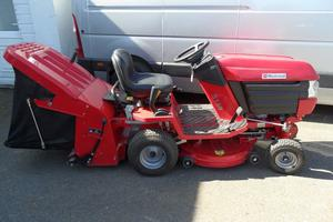 Westwood Lawn Tractor S150