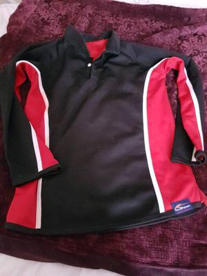 RUGBY TOP RED & BLACK SIZE YOUTH M