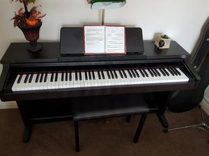 Yamaha Clavinova Clp-133 digital piano 88 keys advanced wave