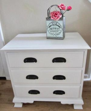 Shabby Chic Look Solid Pine Chest of Drawers.