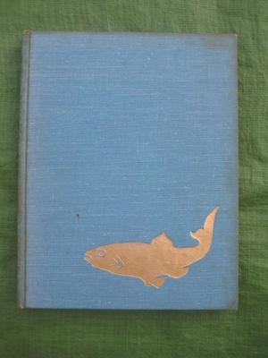 Vintage Freshwater Fishes Hardback rd Impression of 1st Edition by Juraj Hilcik/Jozef Mihalik