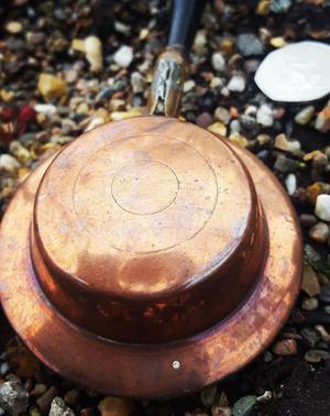 Vintage miniature salesman's bed pan