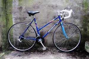 PEUGEOT FINESSE. 20 inch, 51 cm. Vintage ladies womens racer racing road bike, 12 speed