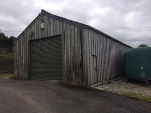 Wooden building Approx 45' x 20' with 9' eaves and big 6 roof sheets