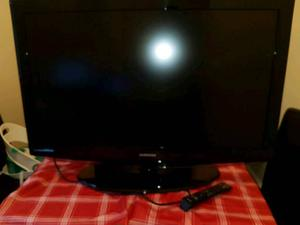 """Samsung 40""""hd tv built in freeview pip etc"""