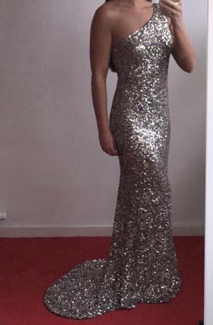 Stunning prom dress size small