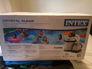 Brand new boxed swimming pool pump and filter