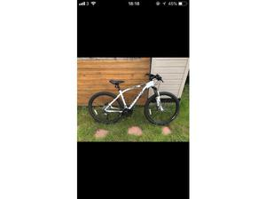 Specialized Pitch sport large in Crediton