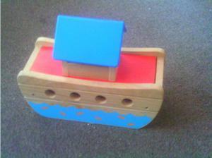 noah's arc wooden toy set in Waterlooville