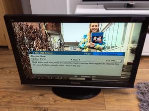 Panasonic Viera HD LCD freesat freeview television