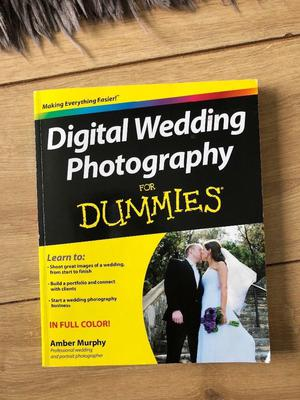 Wedding Photography for Dummies book