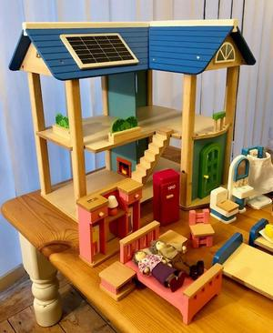 Wonderworld Wooden Eco Dolls House, dolls and furniture