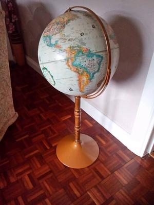 World globe freestanding 39ins.high