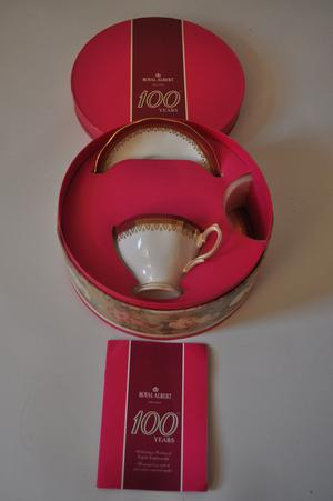royal albert 100 years tea set boxed, s pattern cup & saucer and plate