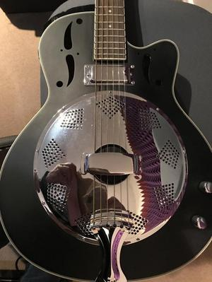 ASTBURY RESONATOR