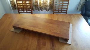 Beautiful solid wood extendable dining table and 6 chairs