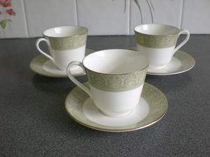 Royal Doulton Sonnet Tea cups and saucers