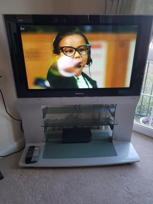 Panasonic 38.5 inch tv and built in stand