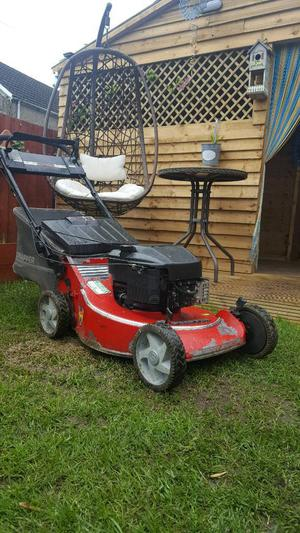 Snapper Self Propelled Petrol Mower