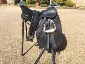 Thorowgood Dressage saddle