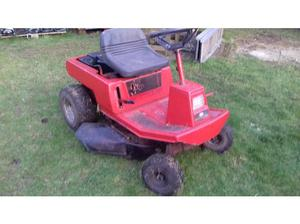 Murray 10 hp ride on lawn mower in Gainsborough
