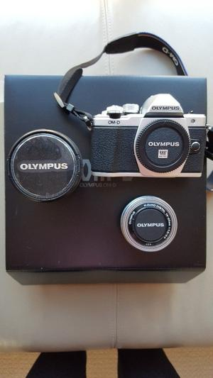Olympus OM-D E-M10 Mark II Compact System Camera in Silver with mm and mm Lenses