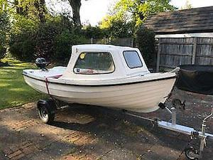 Orkney Spinner Fishing Boat with 4HP Yamaha Outboard and Galvanised Trailer