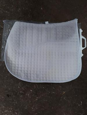 White all in one Prolite saddlecloth Full size