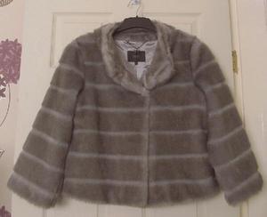 Beautiful ladies faux fur jacket by coast - sz 10 B18