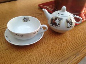 Cat tea pot and tea cup