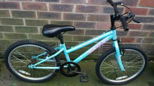 GIRLS BIKE If reading this it will still be for sale I will delete Ad when sold