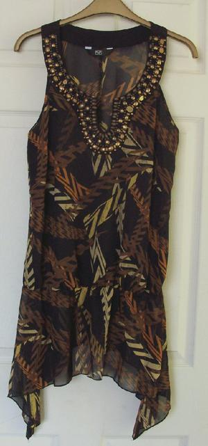 LADIES ABSTRACT TOP WITH BEADED NECKLINE BY F&F - SZ 14 B10
