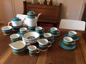 Meakin blue and green complete tea/coffee service