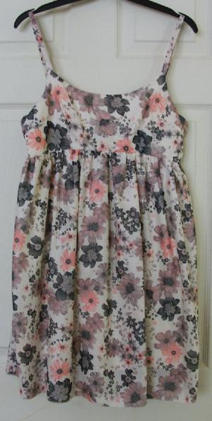 PRETTY LADIES FLOWERED TOP/DRESS BY MISO - SZ 10 B18