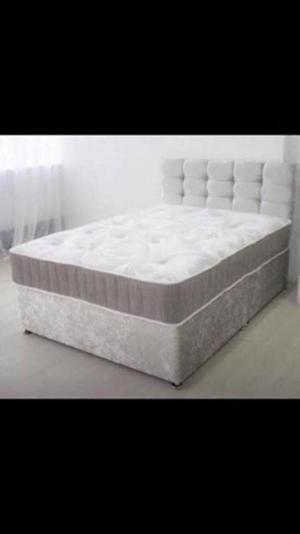 STUNNING Crushed Velvet Divan Bed