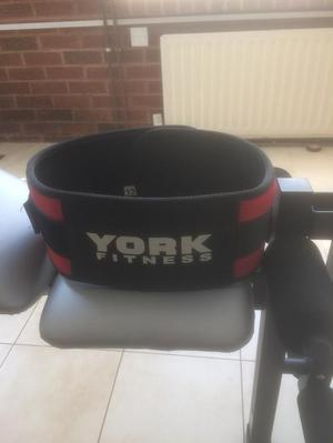 York Fitness 500 Barbell Weights Bench