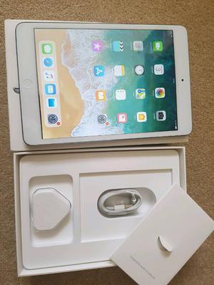 apple ipad mini 2, 16gb, wifi, white, FOR SALE