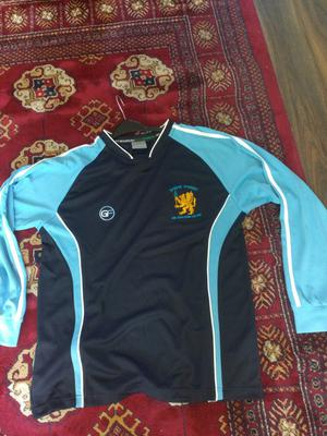 Bangor Academy Sports top size 38""
