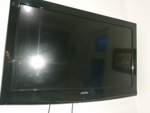 32 inch Sanyo tv and remote with no back