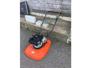 Flymo petrol mower in Par